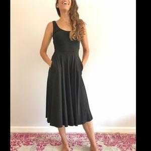 Leith Black scoop neck midi dress
